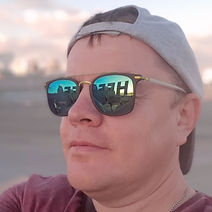 Алексей Быков_edited.jpg