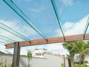 Casa e conforto: Um pergolado de vidro para relaxar