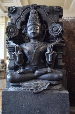 Black goddess crossed legs, 2014