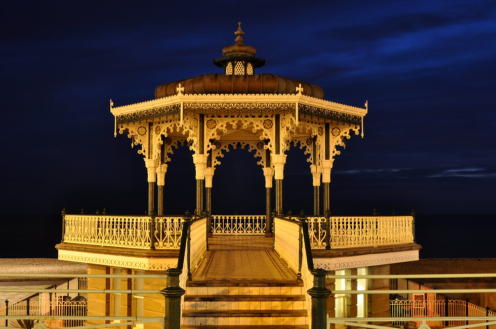 Brighton Bandstand at night 0103.JPG