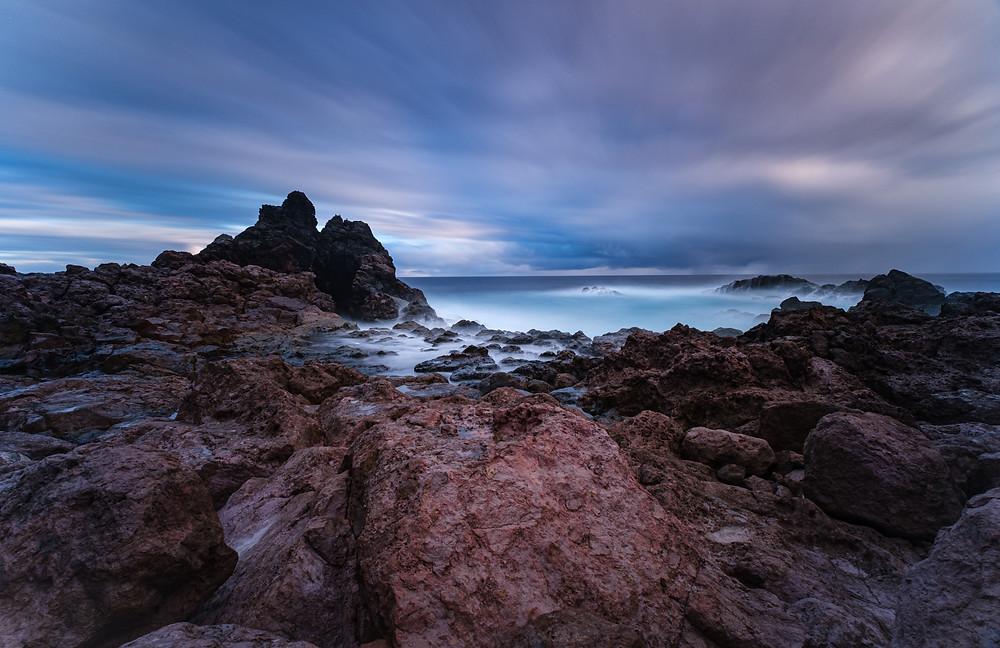 Fotografía artística bufadero de Punta la Salina. Zona volcánica de la costa de Arucas