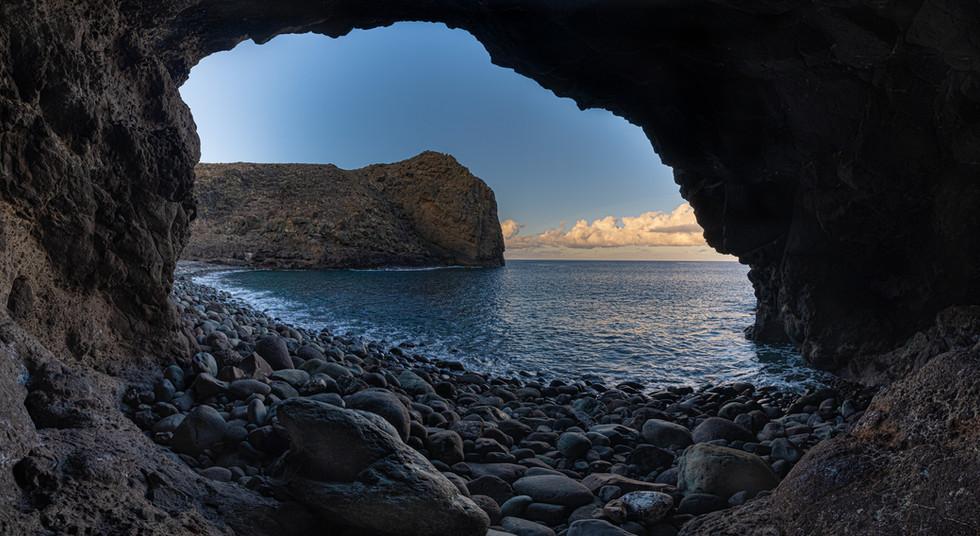 Cueva Playa del Juncal
