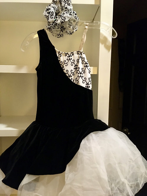 Adult Black and White Lightweight Tulle