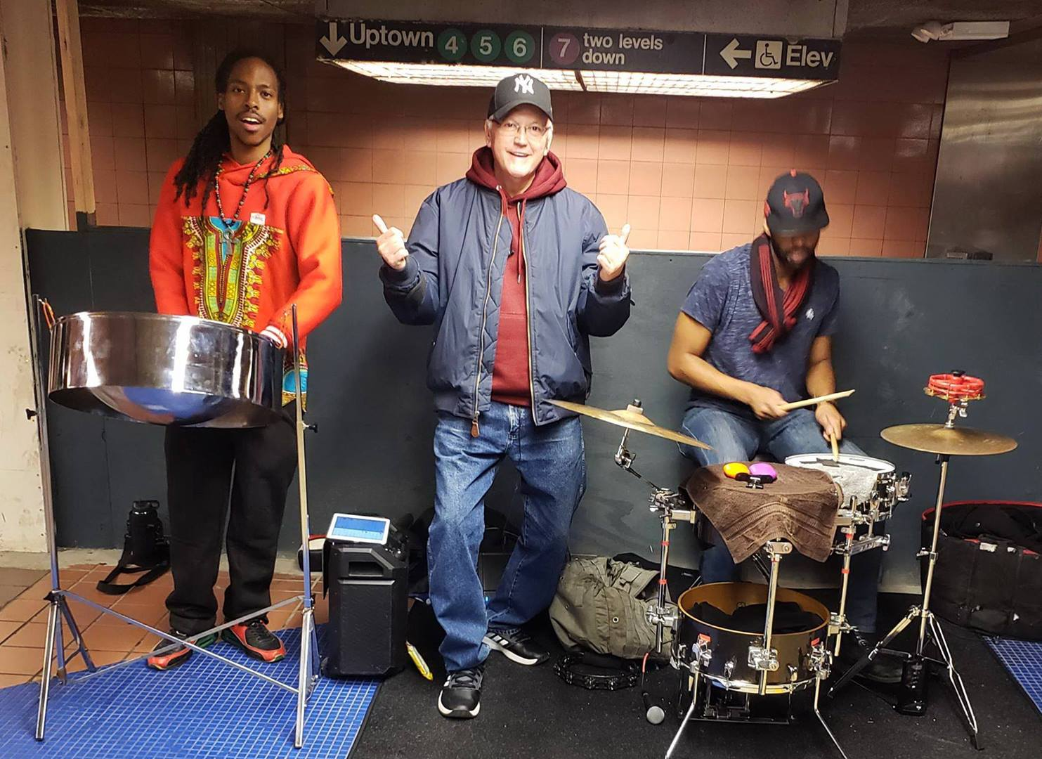 LIVE SUBWAY MUSIC