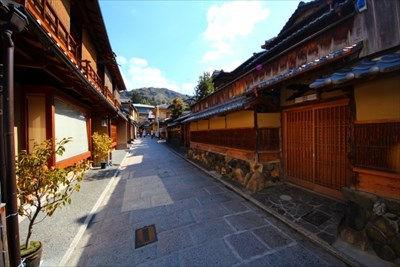 京都でリノベーションなら【ONE工務店】~町家の伝統継承~