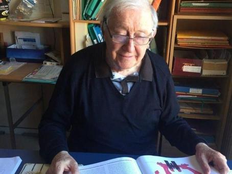 Paris : les seniors continuent la lecture aux écoliers… mais à distance