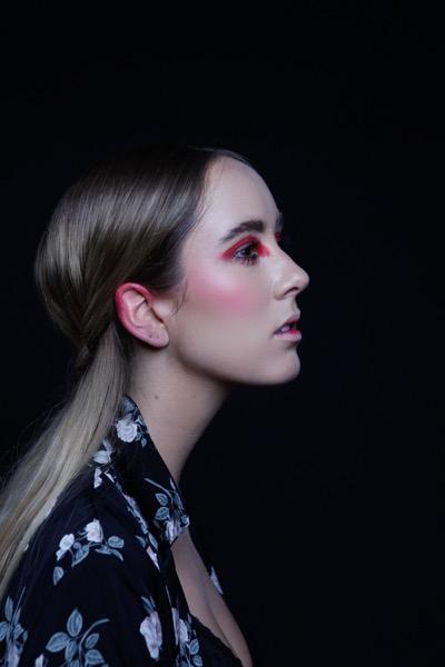 Maquillaje por María José Zuvanich.