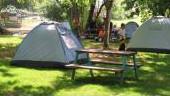 מתחם אוהלים על הנחל
