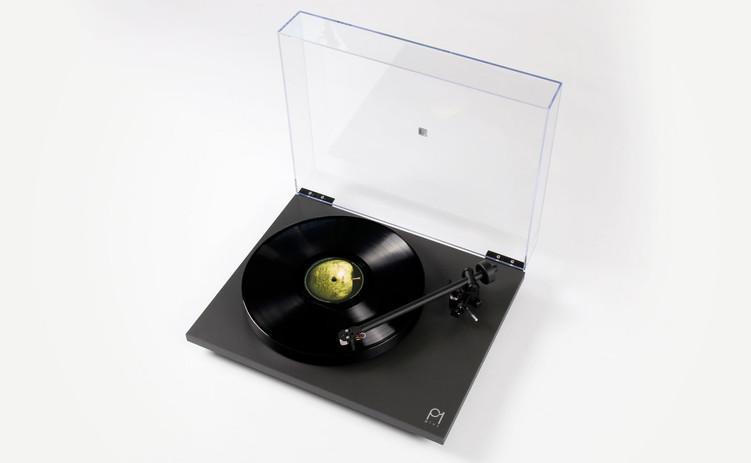 Tourne disque Rega Planar vinyles 45 et 33 tours