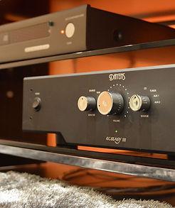 Amplificateur Dayens Ectasy III exposé chez MS Acoustic