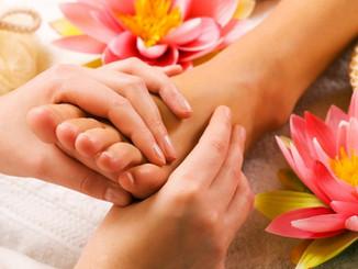 Thai-Massage-foot_massage4-1024x682.jpg