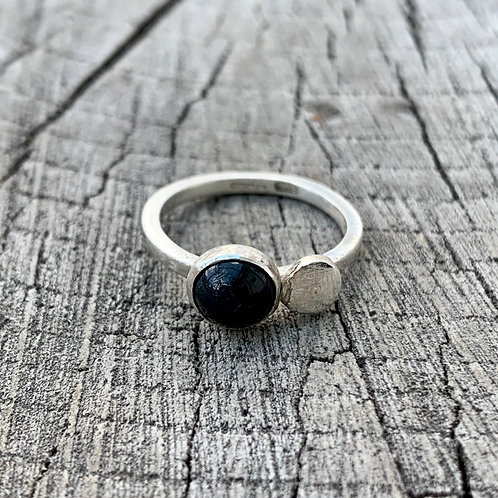 'Zebedee' Sterling silver and black onyx ring - size F 1/2