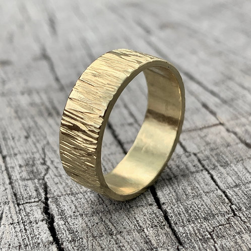 Gold wedding band - 6mm