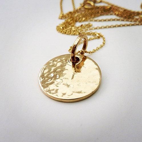 'Gld 4 eva' 9ct gold hammered disc necklace