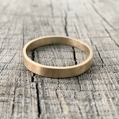9ct gold band - 3mm