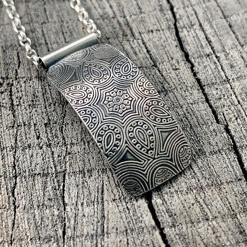 'Web of petals' Sterling silver necklace