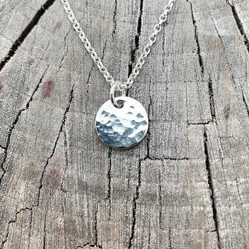 'Dimple dime' Sterling silver hammered disc necklace