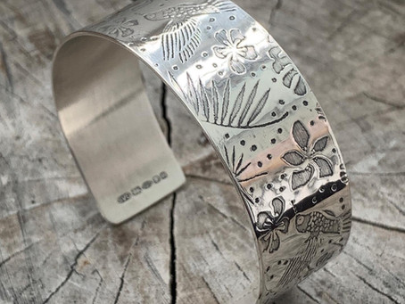 How to put on a cuff bangle