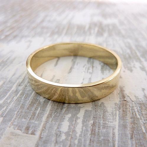 9ct gold wedding band - 4mm