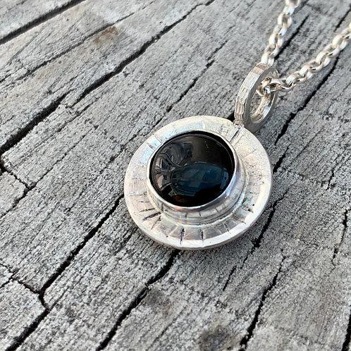 'Black eye' Sterling silver & black onyx necklace