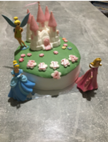 pink castle cake.png