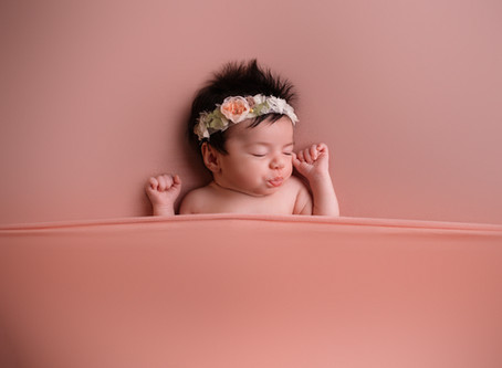 How to photograph your newborn...