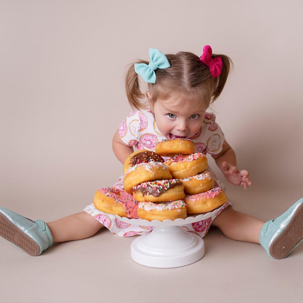Cake Smash Photographer - Baby photo shoot - 2 Year Portraits