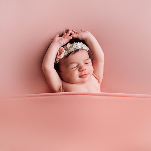 Newborn Pictures - Newborn Photographer.jpg