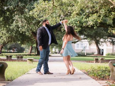 Liz & Brian Engagement Pictures - New Orleans Photographer