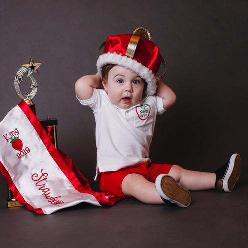 Milestone Photographer - Baby photo shoot - Pageant headshots