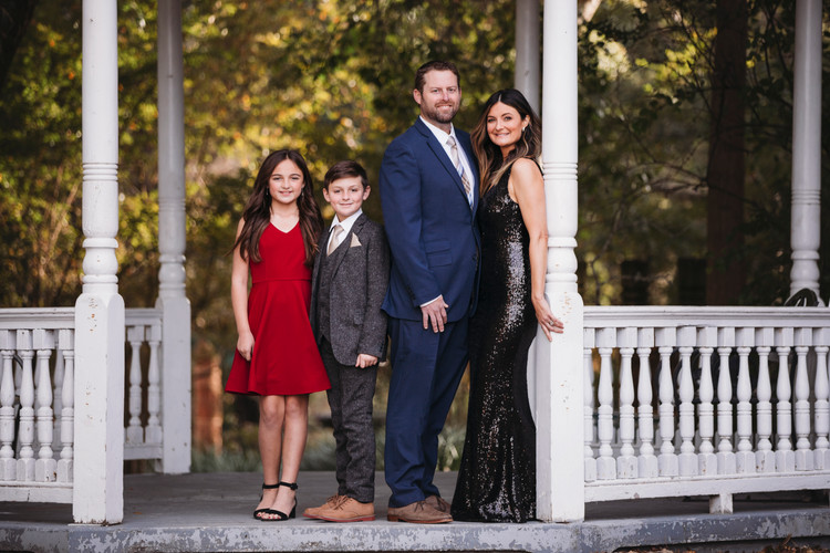 Family photographer - family portraits - family pictures
