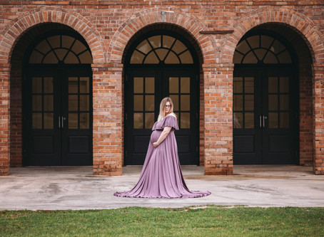 Kacie Maternity Photo Session - Misty Day Perfection