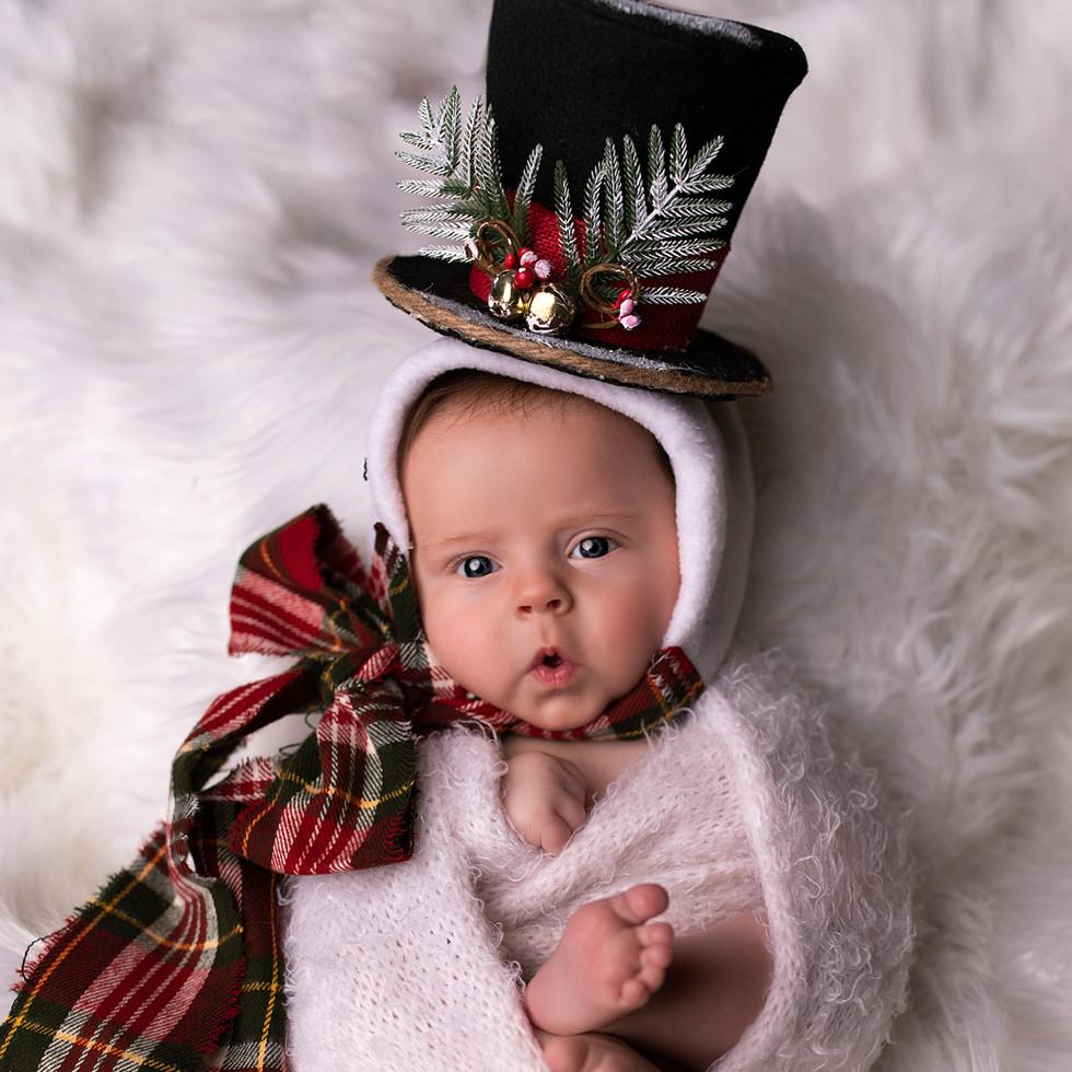 Newborn Session - Baby Photographer - So