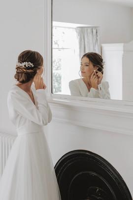 9 treseren wdding bride earing.jpg