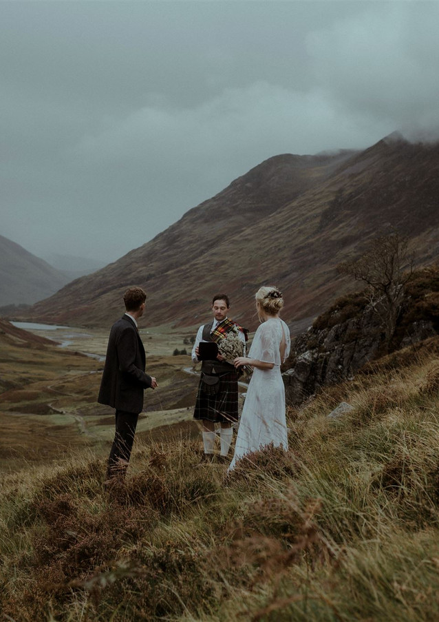 Glencoe Elopement Wedding by The Caryls