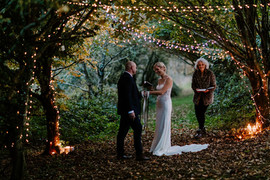 Handfasting in the woods at Frieda & the Moonthomas-frost-photography--72.jpg