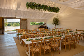 Intimate wedding meal at Came Studio