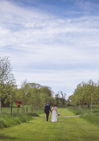 Marry in Country Bliss at Tree Top Escape
