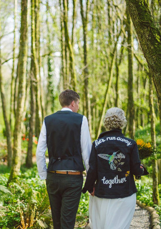 Amazing woodlands - a fabulous backdrop to elopement day photography