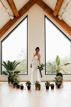 Winter bride at Tremenheere