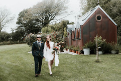Relaxed wedding at Frieda & the Moon by Verity Westcott