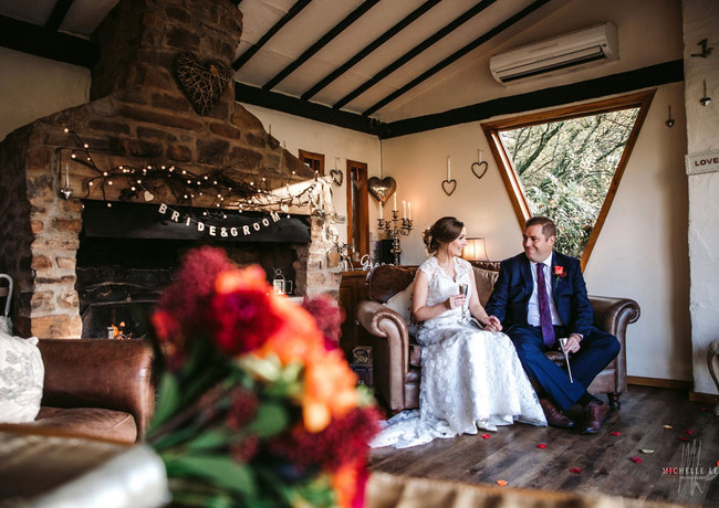 Winter elopements are perfect  in the Summer House at Millbrook