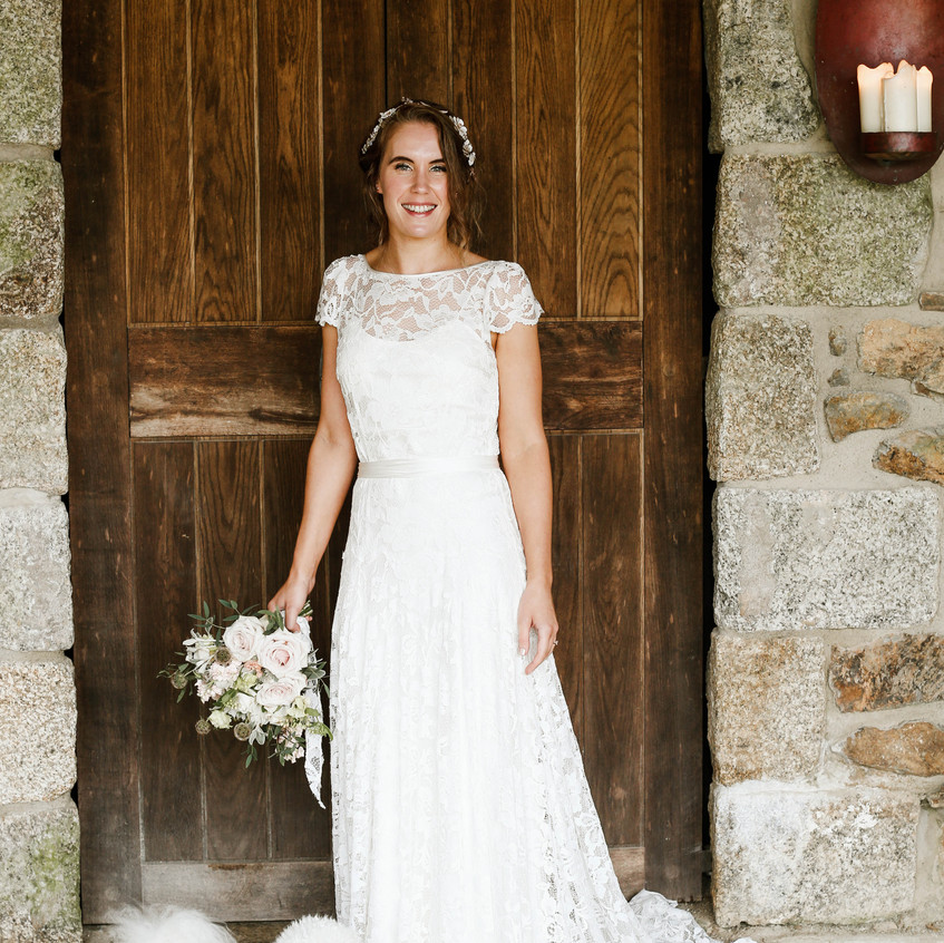 A beautiful nature look and stunning dress chosen by Amy.