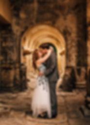 Tara Olly Kiss Arch.jpg