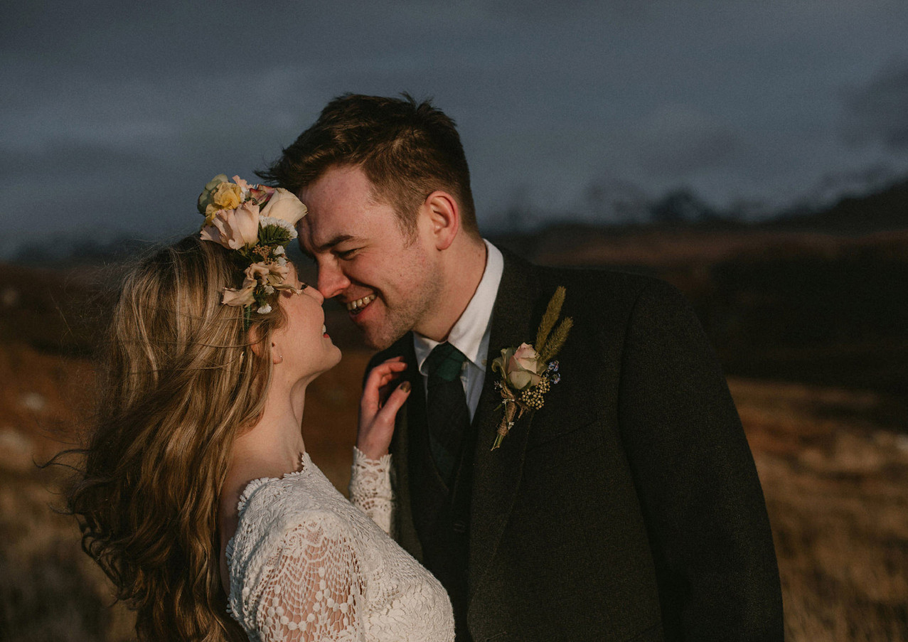 Scottish_Highland_elopement_by_The_Caryl