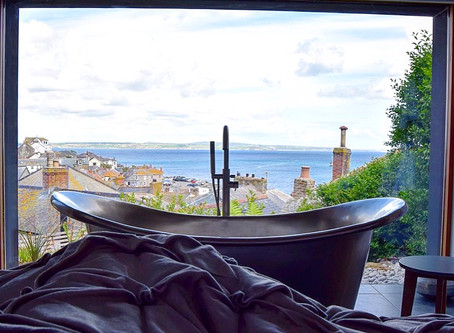 We're in one of Ideal Homes' bath with a view top 7