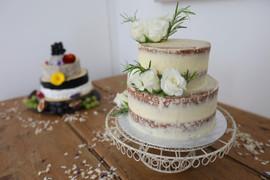 Indulgence Catering Wedding cake at Treseren
