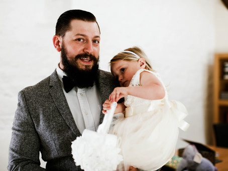 A small wedding told in pictures