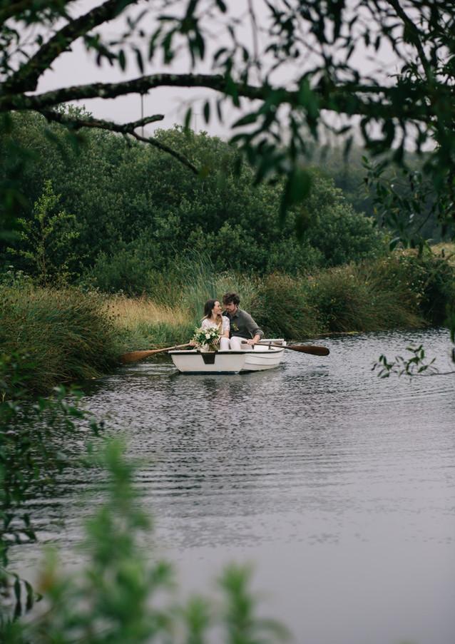 A romantic row on th elake at Pengelly Retreat
