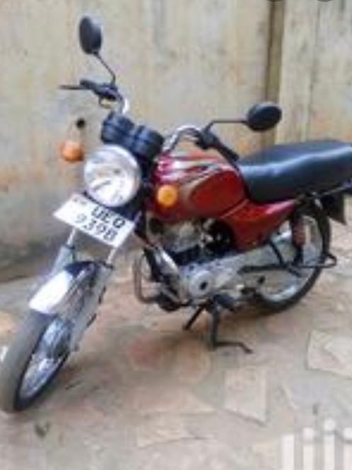 Used motorcycle (PIKIPIKI ezikoozeko)